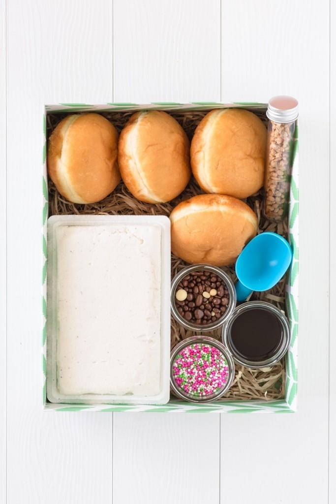 מארז סופגניות וגלידה מתנה לחנוכה