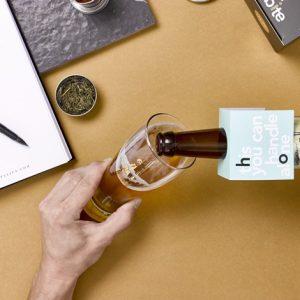 כוס בירה ממותגת בזהב אמיתי